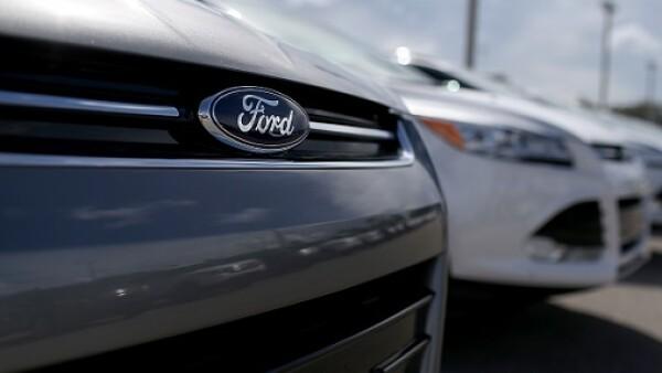 autos formados marca Ford