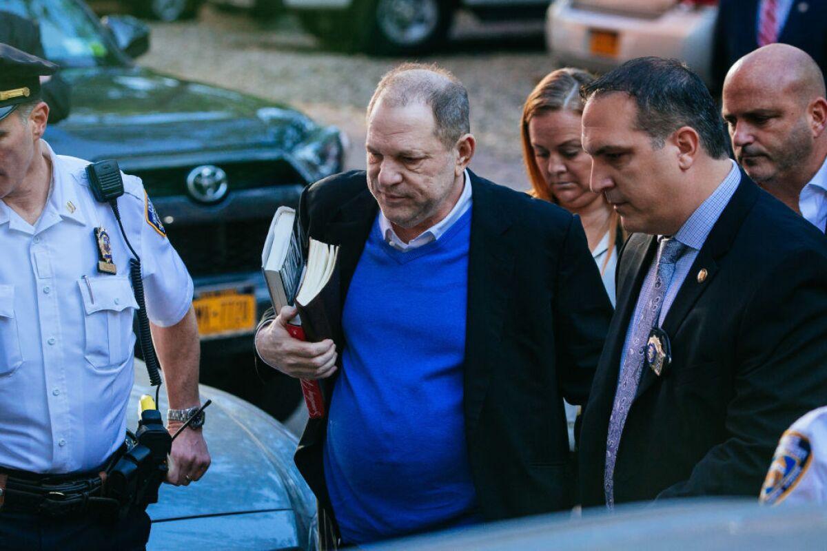 Jurado de Nueva York acusa a Weinstein por violación y agresión sexual