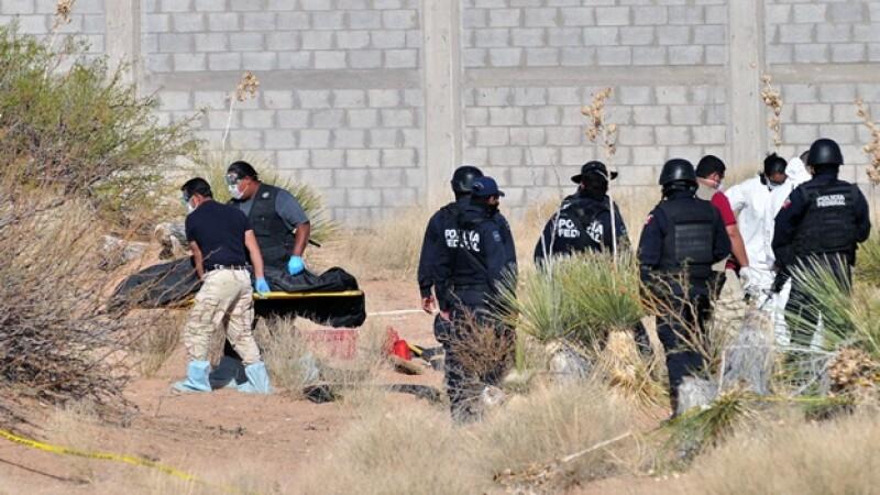 Los cuerpos de hombres desaparecidos en Juárez, enterrados en un rancho