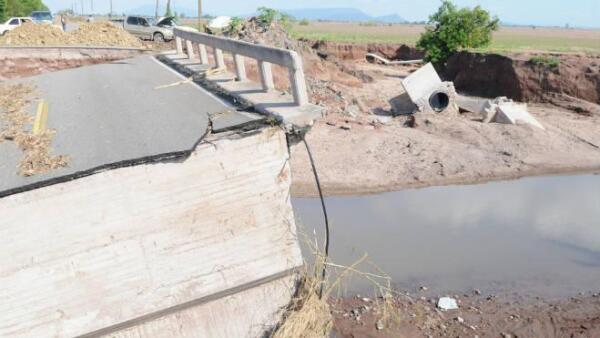 Puente inundaci�n