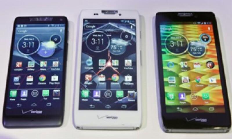 Los nuevos 'smartphones' funcionan con el sistema Android de Google. (Foto: Reuters)