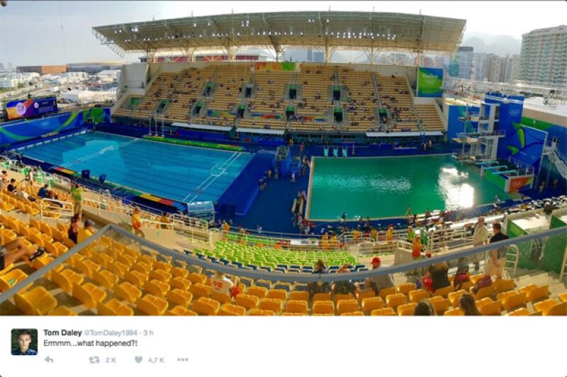 Al cuarto día de competencias, el agua de la fosa del Centro Acuático María Lenk se ha tornado turbia y esto ha generado polémica en redes sociales.