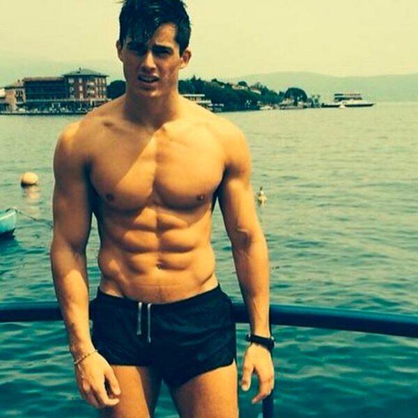 El guapo italiano tiene un doctorado en Filosofía e Ingeniería Mecánica y hasta el año pasado impartía clases la University College de Londres.