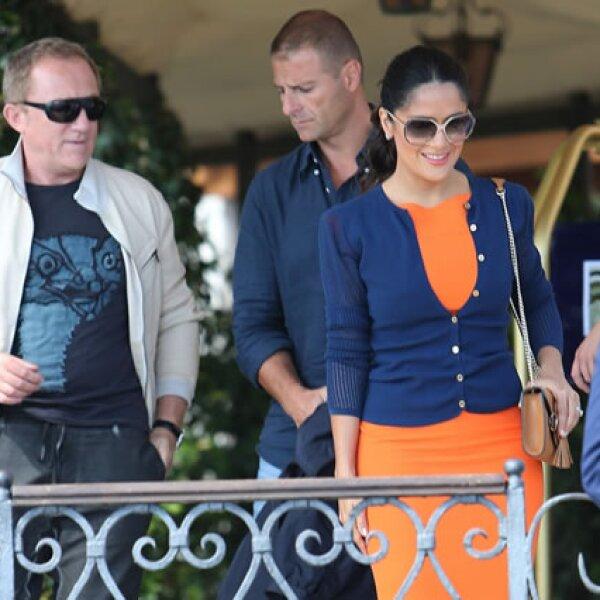 Los esposos fueron fotografiados cuando salieron de su hotel y tomaron una embarcación.