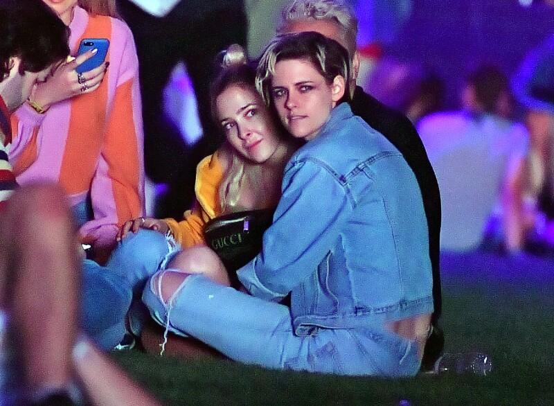 Kristen Stewart y Sara Dinkin hicieron oficial su noviazgo en Coachella.