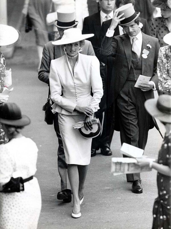 Diana Princess Of Wales At Royal Ascot In 1986 With Oliver Hoare.