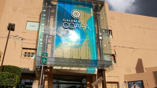 Galerías Coapa fachada dañada