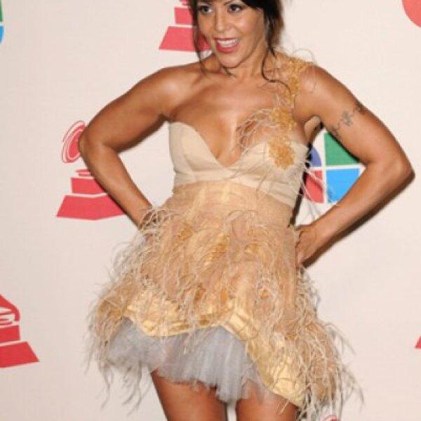 Otra mujer que recibió de manera temprana la noticia de que tenía un tumor cancerígeno, fue la rockera Alejandra Guzmán, quien recibió un tratamiento en 2007 y superó la enfermedad.