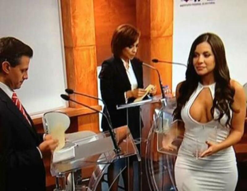 La modelo fue el centro de atención durante el debate.