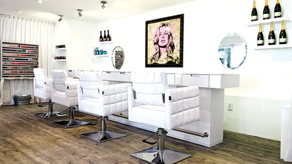 ¿Eres fan de ir al salón de belleza? Te presentamos los 5 salones que tienes que visitar la próxima vez que te quieras consentir.