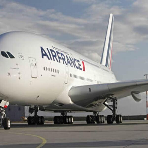 El 23 de noviembre de 2009, Air France realizó su primer vuelo comercial en A380 entre París-Charles de Gaulle y Nueva York.