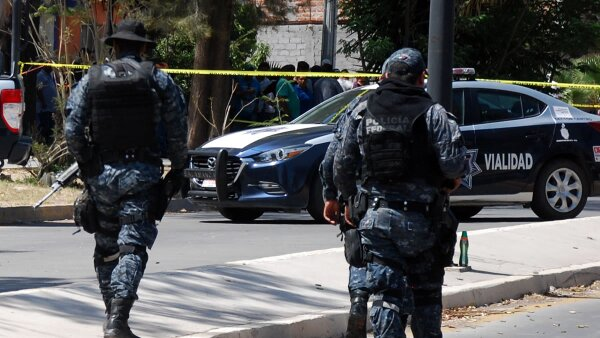 Mueren policías