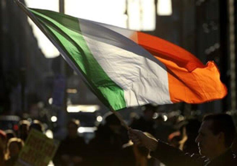 El Gobierno irlandés señaló que ya se alcanzó un acuerdo en principio para bajar la tasa de interés. (Foto: AP)