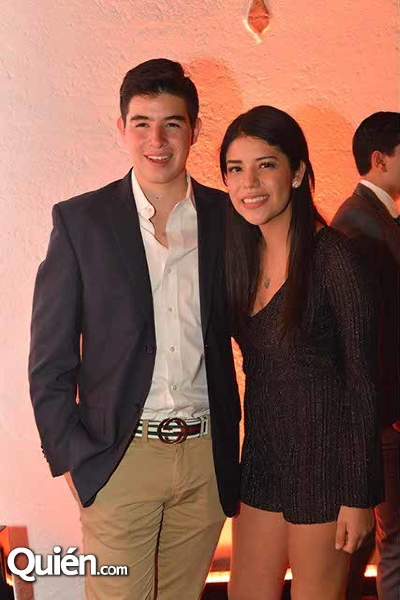 Hugo Villalobos y Paulina Garza.