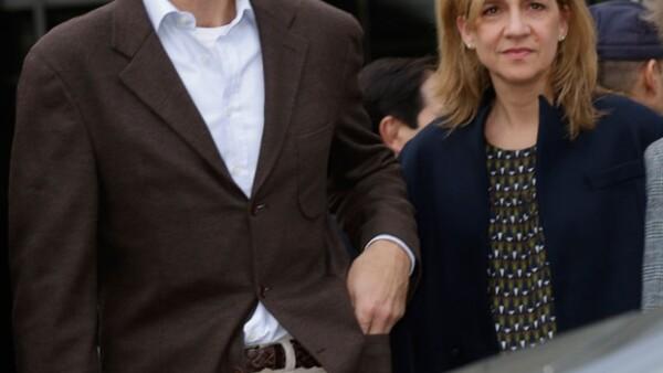 La hija menor del rey de España tendrá que prestar declaración en los tribunales, por su vinculación directa a las entidades que presidía su marido.