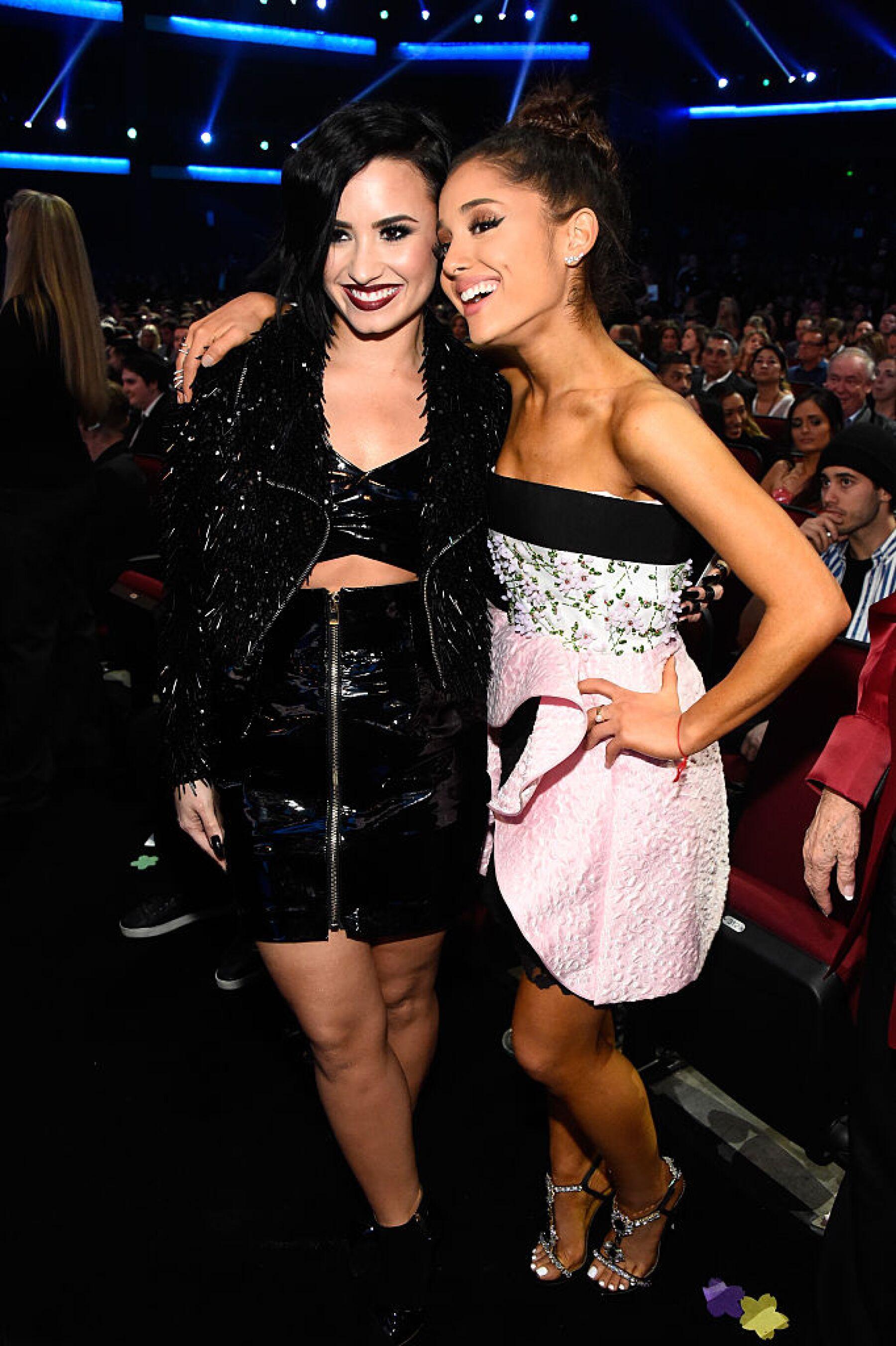 Demi Lovato y Ariana Grande
