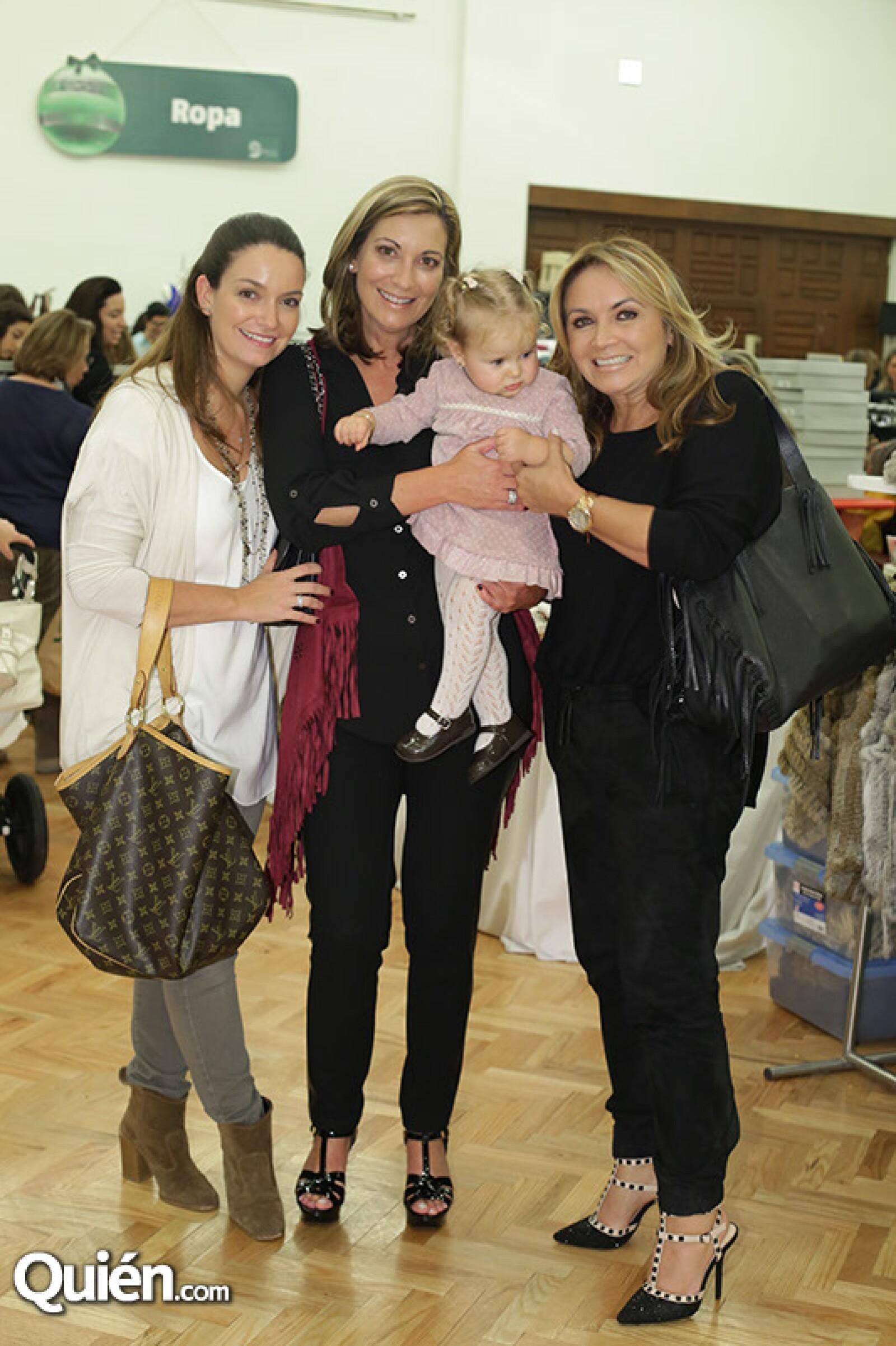 María José Valle,Sonia Valle,Almudena Vega y Rosaura Henkel
