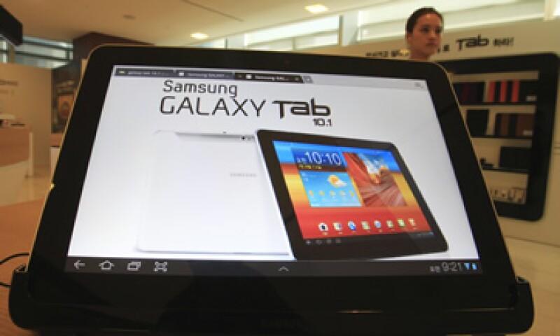 La solicitud de una orden judicial fue presentada sin que se avisara a Samsung, acusó la compañía. (Foto: AP)