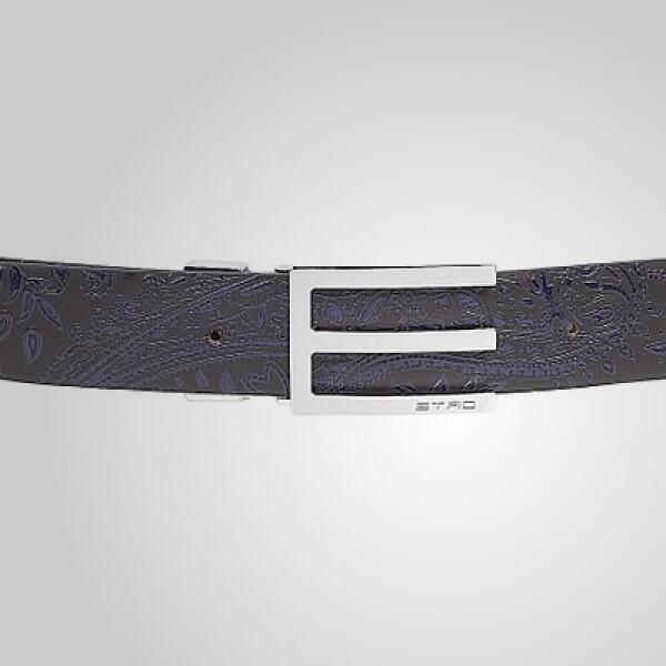 Un cinturón clásico, con tonos en color morado, puede funcionar en tu 'outfit'.