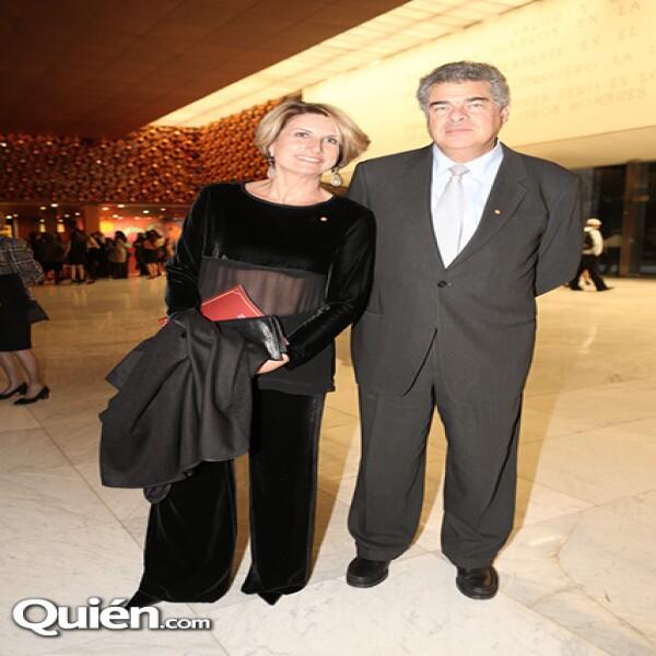Dolores Berastegui,Mauricio Amodio