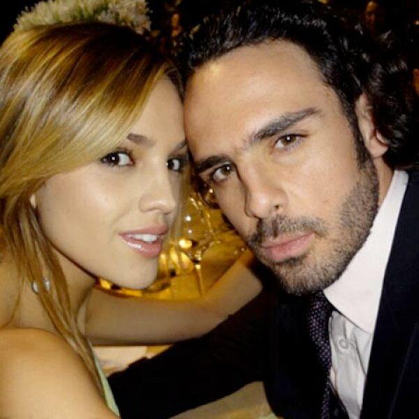 Eiza González escribió: `Feliz día de San Valentín, les deseo que esté lleno de amor y felicidad´seguido de una foto romántica con su novio Pepe Díaz.