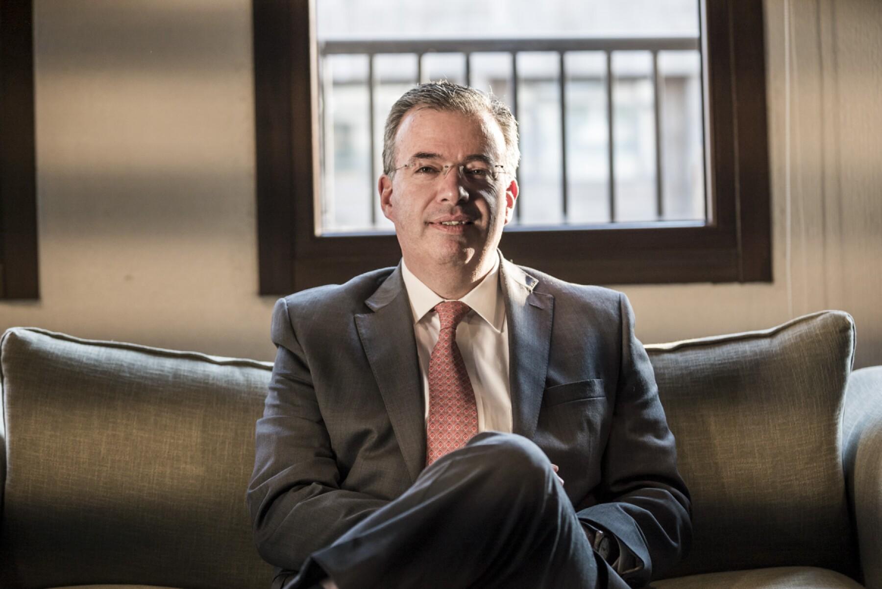 Banxico Alejandro Díaz de León pensiones