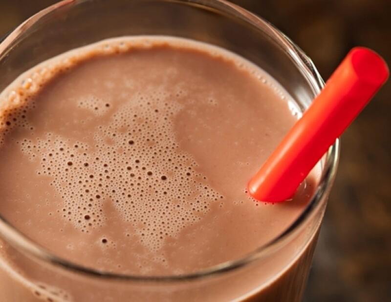 La leche con chocolate es ideal para tomar post-workout.