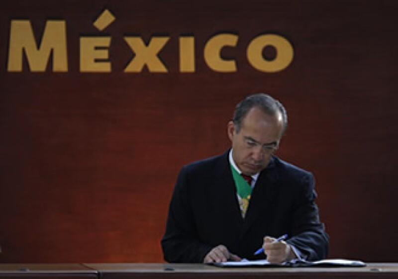 Felipe Calderón propuso cambios en las elecciones legislativas y presidenciales. (Foto: AP)