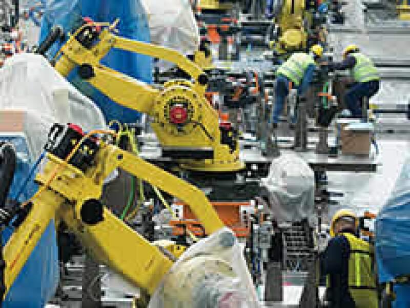 La planta de Ford en Cuautitlán Izcalli está en remodelación. Dejó de producir camiones y fabricará compactos en 2010. (Foto: Gilberto Contreras)