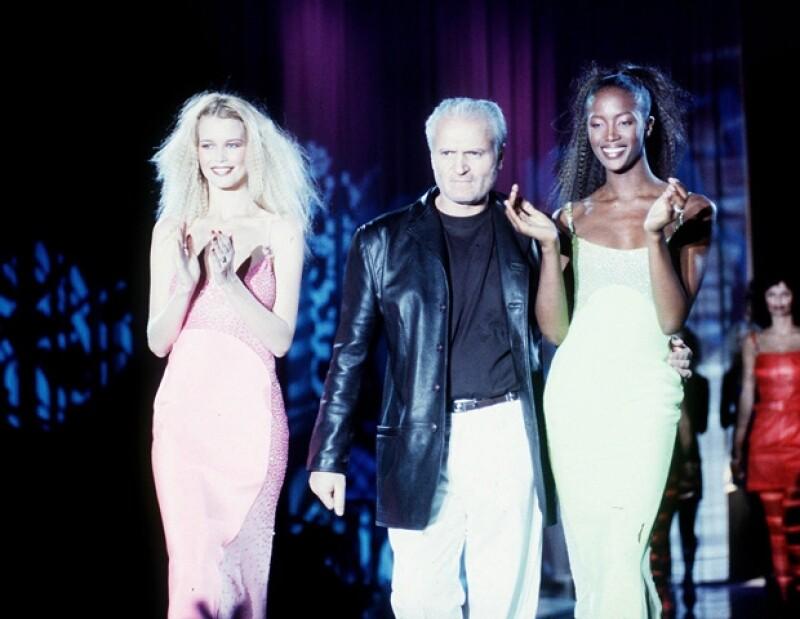 Después de 25 años como top model, la alemana sigue en la cima del mundo de la moda y la vemos más guapa que nunca. Esta es su brillante e interminable carrera.