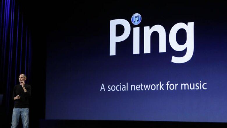 Una nueva versión de iTunes con una red social llamada Ping que rastrea la música que bajan tus amigos y las estrellas.
