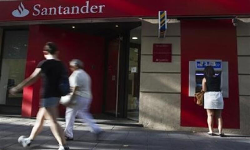 Bankia, Catalunya Banc, Novagalicia Banco y Banco Valencia harán las primeras transferencias de activos tóxicos. (Foto: Reuters)