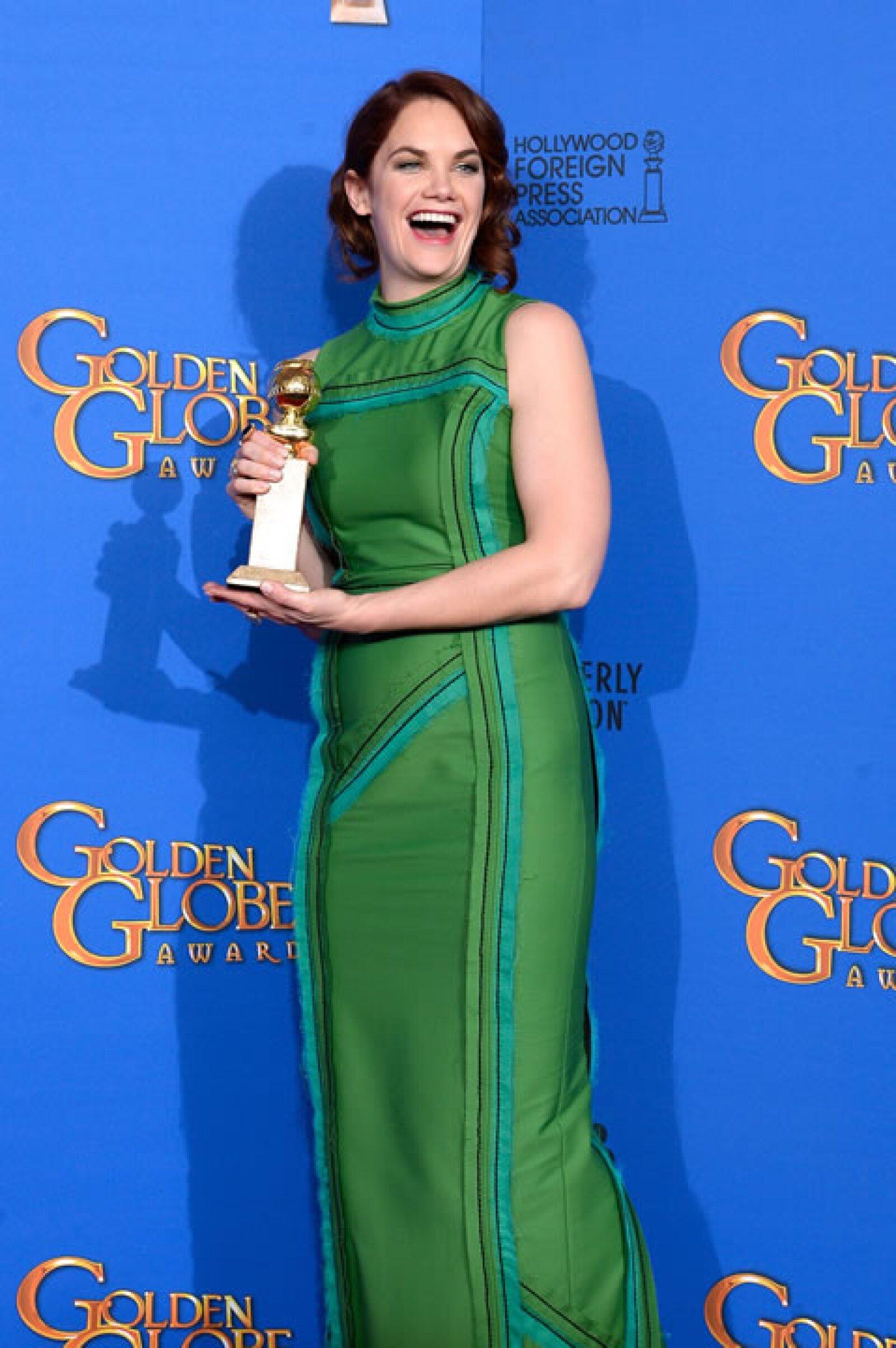 La artista Ruth Wilson fue la Mejor Actriz en Serie de Drama por The Affair.