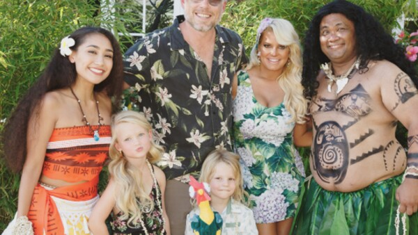 Jessica Simpson, Eric Johnson, Ace Knute y Maxwell Drew