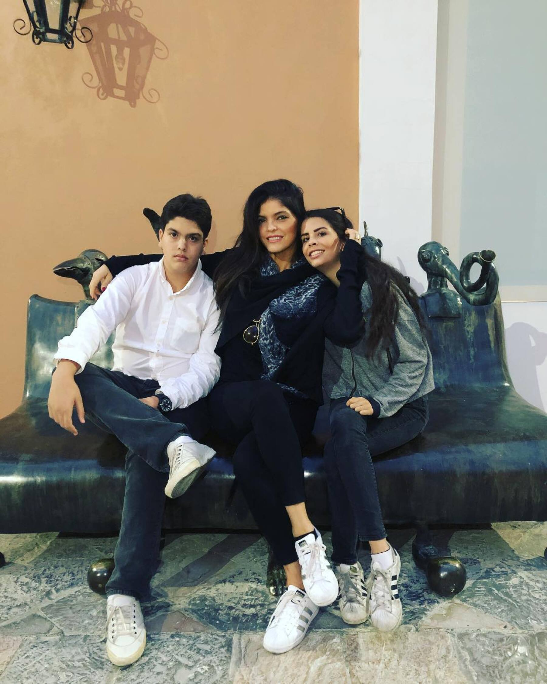 José Emilio Fernández, Ana Bárbara y Paula Fernández