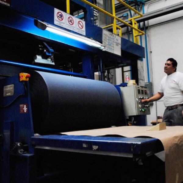 La fabricación de dorsos de tela opera de manera independiente a los demás procesos.