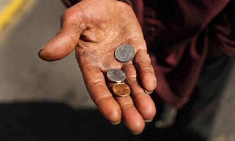 El sector más empobrecido del país siguió registrando una contracción de sus ingresos. (Foto: Getty Images)