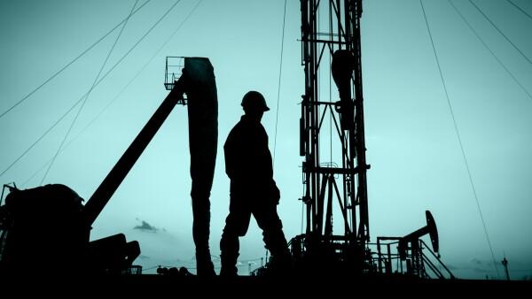 Refinería - Petróleo - Infraestructura