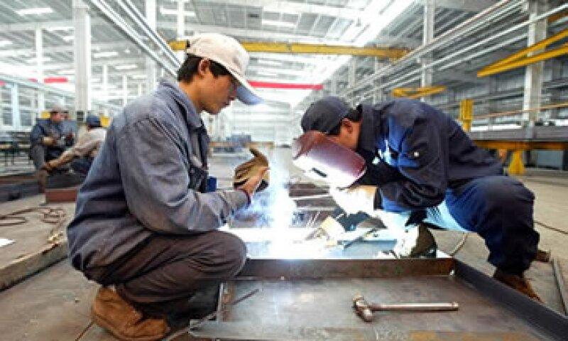 La caída refuerza la tesis de que se requieren políticas de estímulo para apoyar el crecimiento de la economía china. (Foto: AP)