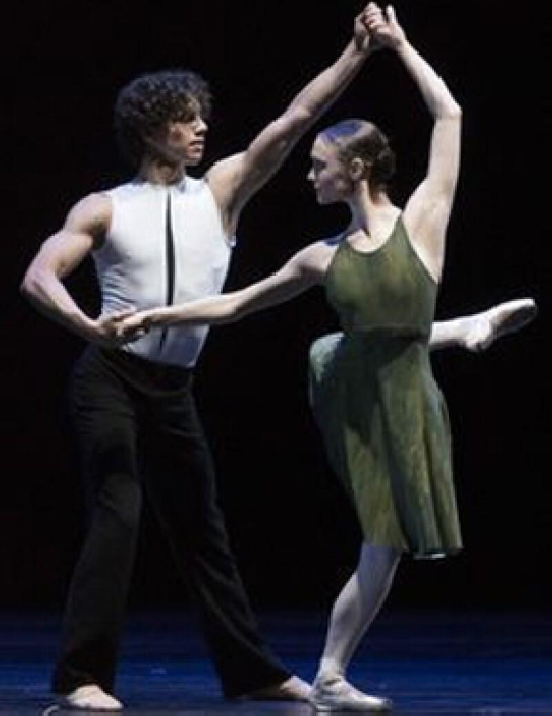El bailarín mexicano presentará lo mejor de ballet internacional en México el próximo 9 de agosto en el Auditorio Nacional con el espectáculo `Despertares´.