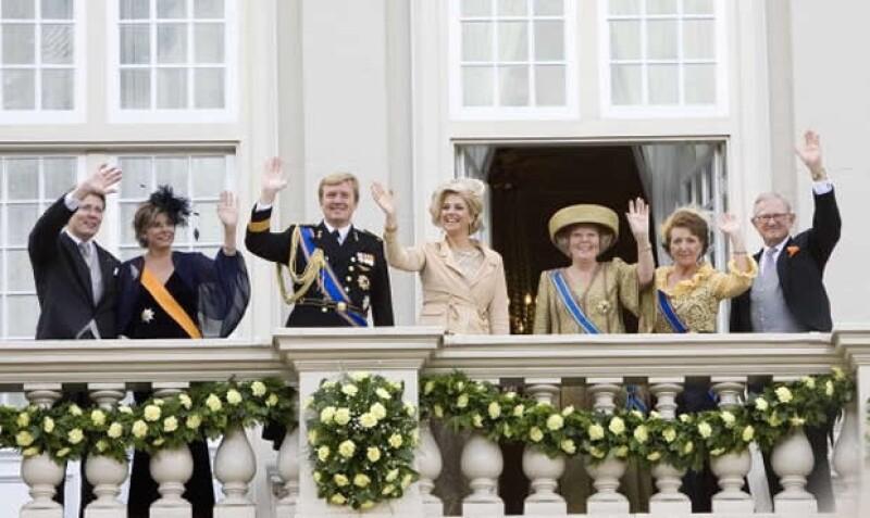 Con la ceremonia de investidura que se llevará a cabo el próximo 30 de abril, los títulos y los nombres de los miembros de la Casa Real van a cambiar.