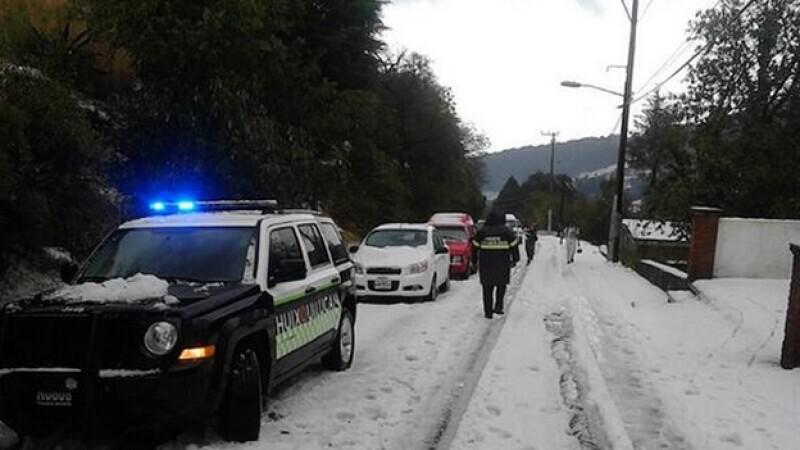 La caída de granizo este miércoles sobre la carretera México-Toluca
