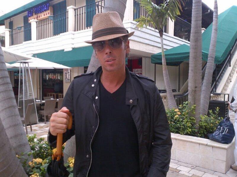 """Pese a los complicados tiempos de grabación por estar en la telenovela """"Qué bonito Amor"""" y los asuntos legales que enfrenta por su hotel ubicado en Tulum; el actor desea volver a ser papá."""