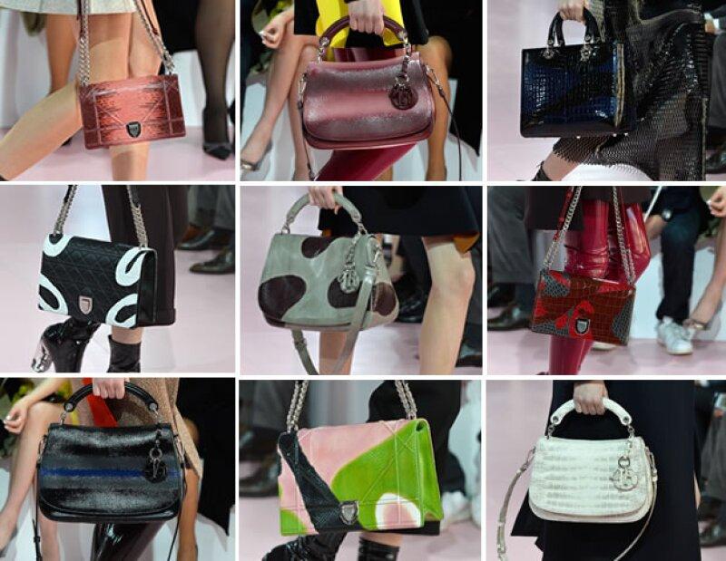 Dior lanzó una multitud de bolsas con estampados.