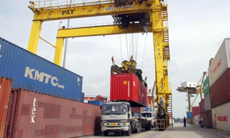 México registra al menos desde hace una década un déficit comercial frente a China. (Archivo)