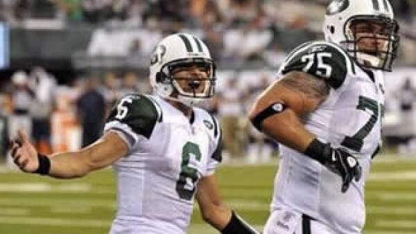 Las entradas a los partidos de la NFL se han encarecido a pesar de la debilidad económica en EU. (Foto: Reuters)