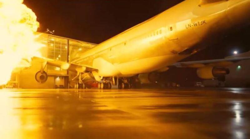 boeing 747.JPG