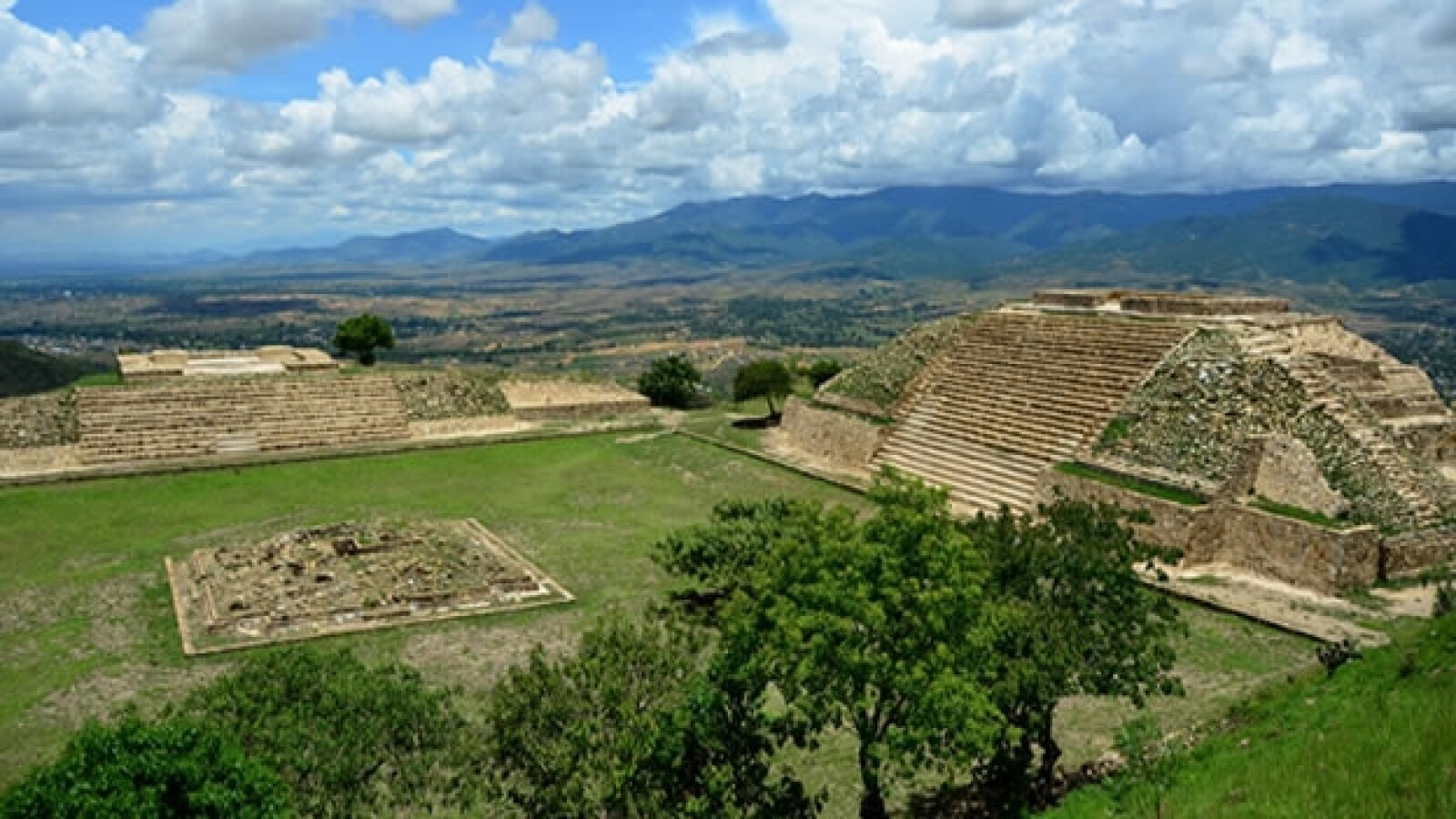 zona arqueologica en atzompa
