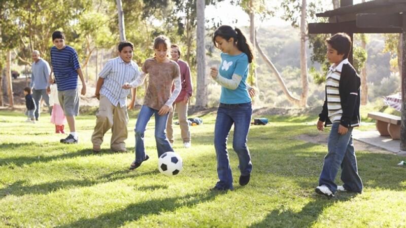Juegos, niños, estimulo