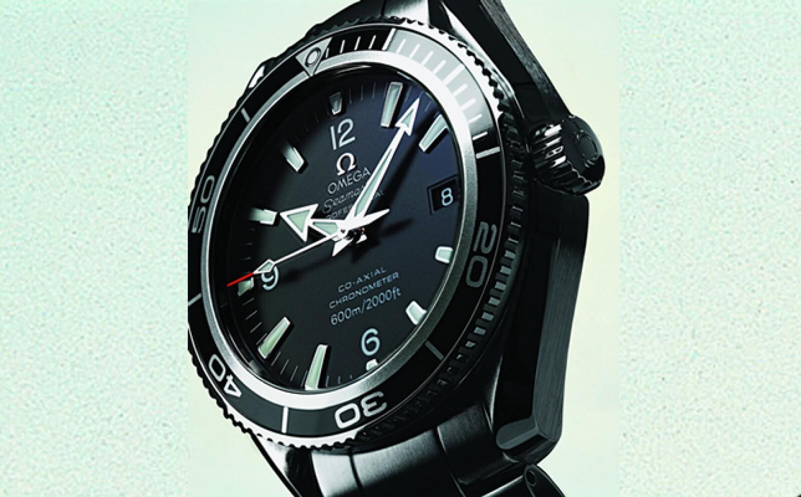 Con el actor Daniel Craig en Casino Royale (2006), James Bond se reinventó y llevó en la muñeca un reloj de gran tamaño, aunque no poseía ningún dispositivo.
